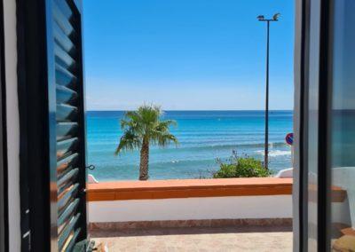 apartamentos en la playa alquiler